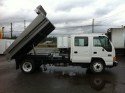 2002 GMC W5500 CREW CAB 10' THREE WAY DUMP BOX